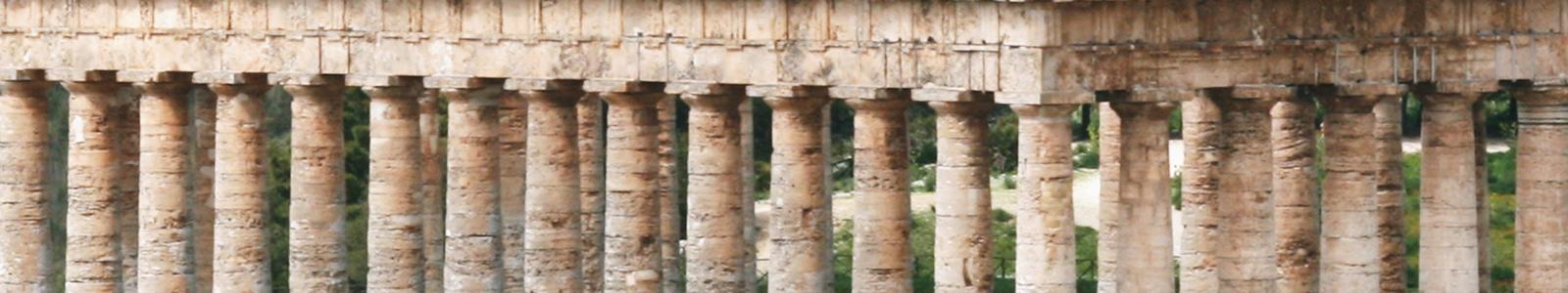 Segesta's temple Sicily taglio ok